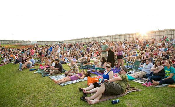 A beautiful crowd at Summer Cut 2013.
